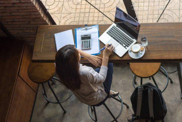 freelancer invoice