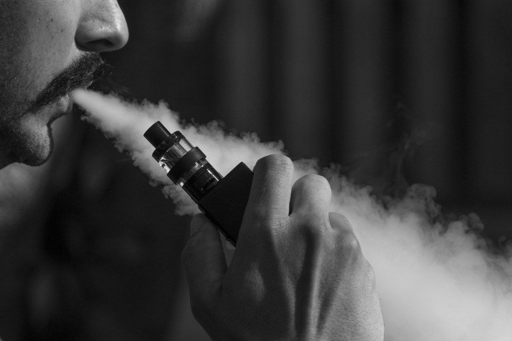 Smokers: Why you should consider switching to vaping